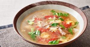 豚肉とトマトの唐辛子スープ